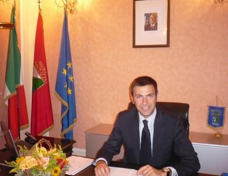 Il presidente della provincia di Pescara, Guerino Testa