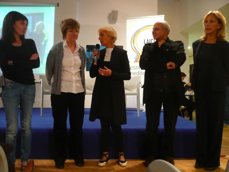 La consegna del Premio a Irfanka Pašagić (seconda da sinistra)