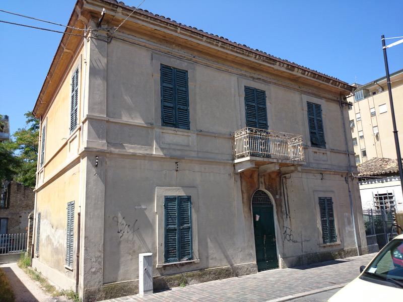 Borgo marino di pescara la storia di un antico quartiere for Case di un ranch di storia