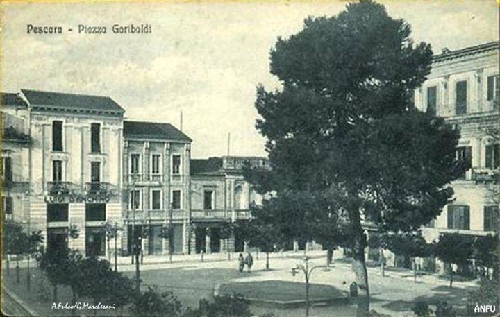 Piazza Garibaldi nel 1918 - A. Fulco