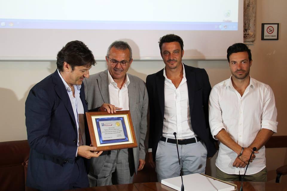 Pescara Camera Di Commercio : La pescara calcio premiata dalla camera di commercio per l