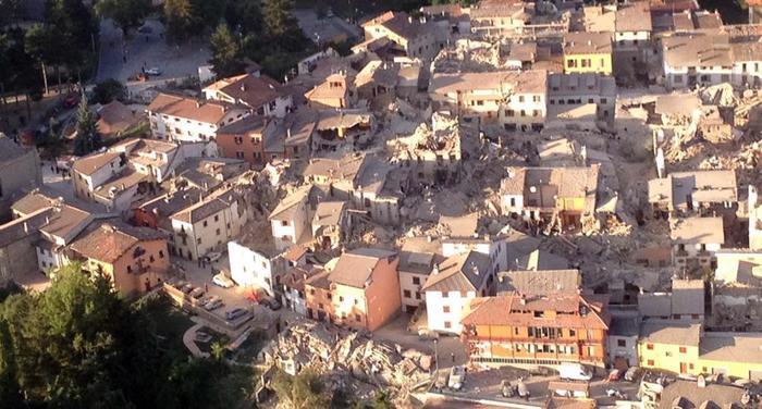 Terremoto centro Italia, la Colonna mobile della Regione Toscana ad Amatrice