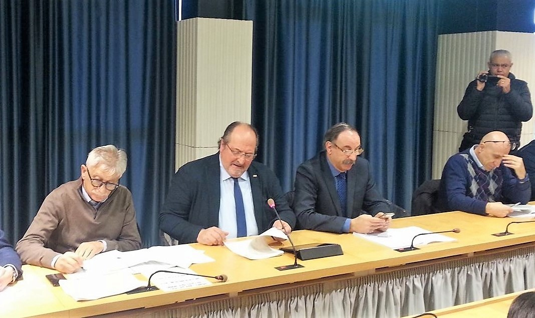 Sottosegretario d'Abruzzo Mario Mazzocca nel corso del tavolo tecnico di balneazione