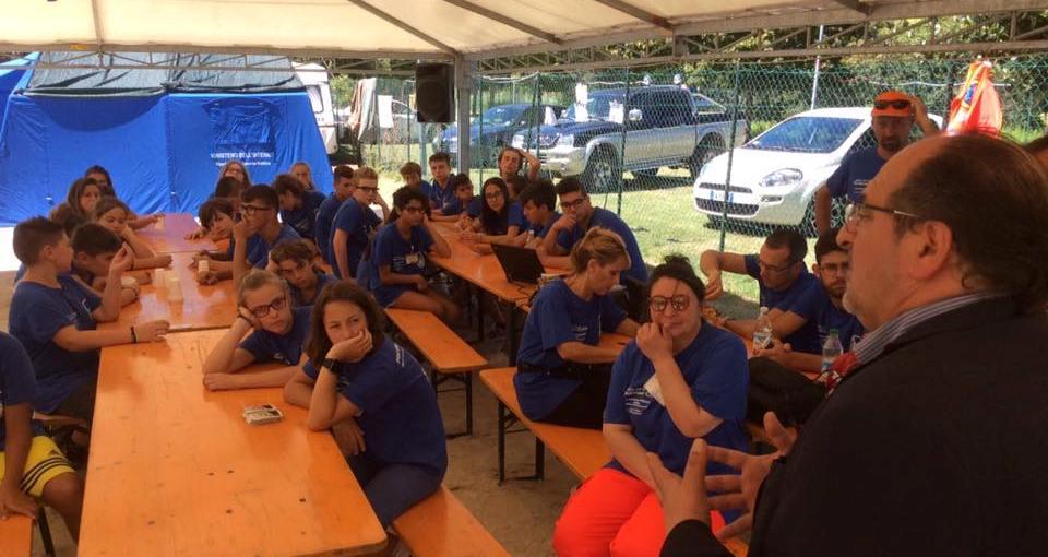 Il Sottosegretario d'Abruzzo Mario Mazzocca in un campo scuola