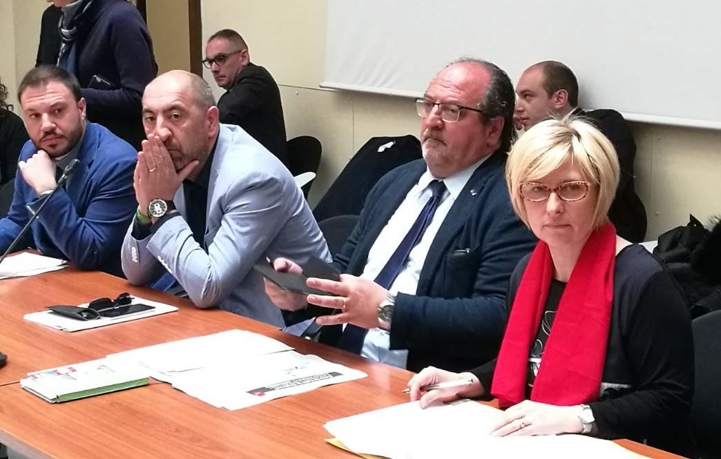 Al centro il Sottosegretario Mazzocca durante la prima conferenza istruttoria Snam