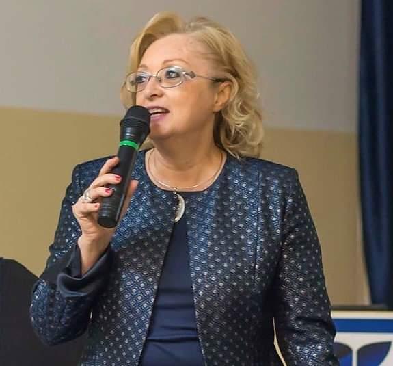 La dirigente Alessandra Di Pietro
