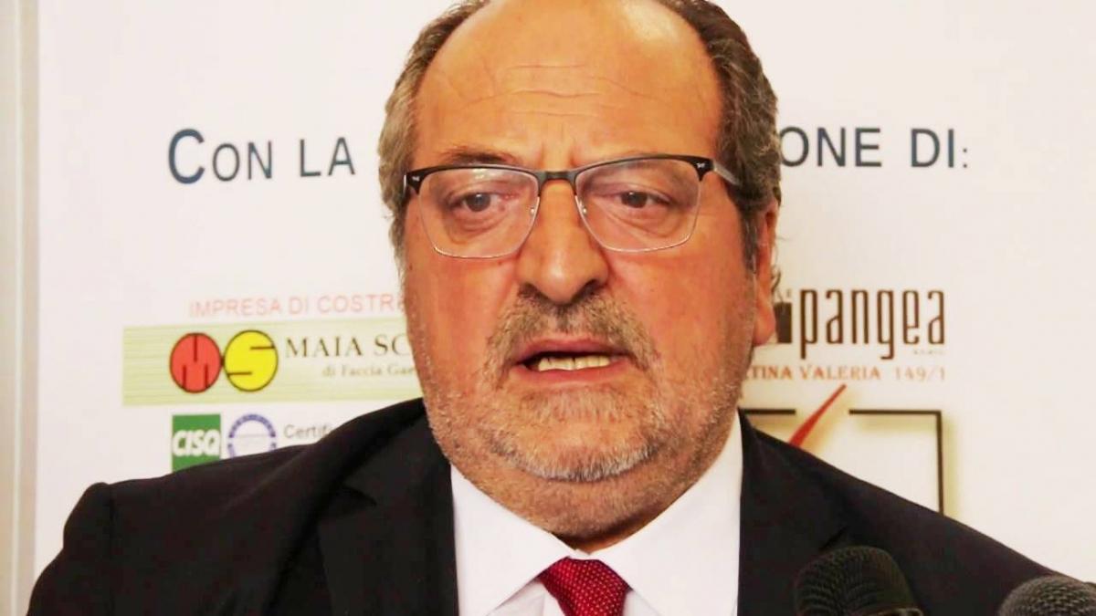 Sottosegretario d'Abruzzo Mario Mazzocca, autore della prefazione del Rapporto Arta 2018 sull'Ambiente